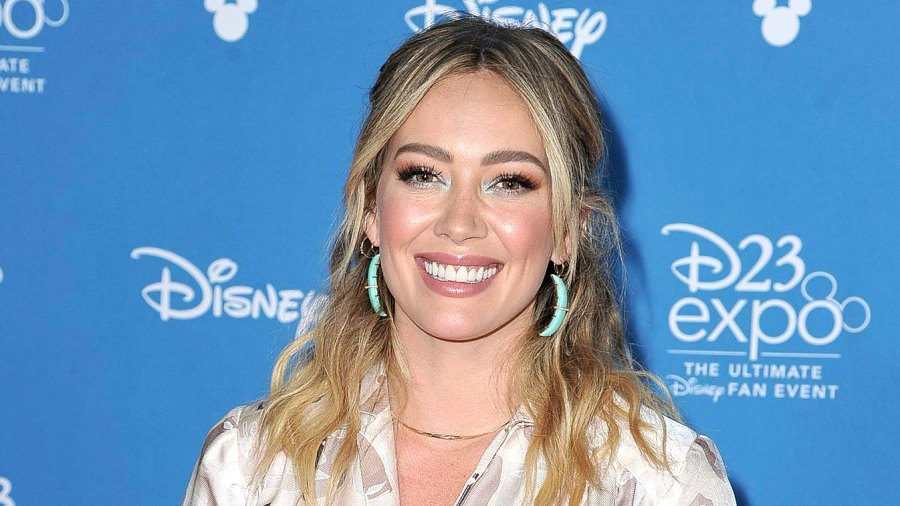 Hilary Duff 'Accidentally' Turns Her Blonde Hair Green After Shampoo Mix Up