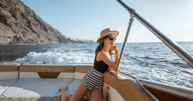 17 Picture-Perfect Pieces to Wear on a Boat.jpg