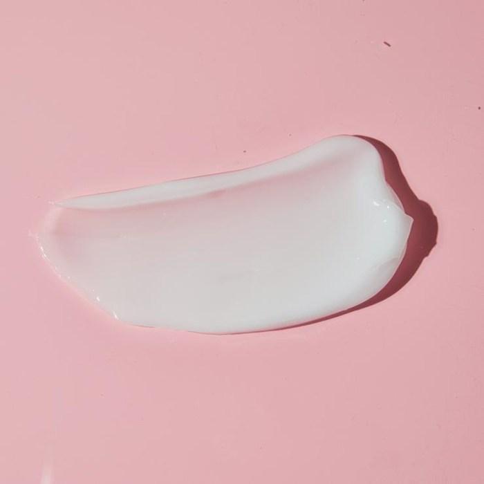 kopari-moisturizer-gel-cream-texture