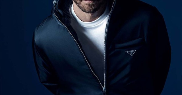 Jake Gyllenhaal Is the Face of Prada's New Fragrance — and Fans Are Losing It Over the Steamy Campaign.jpg