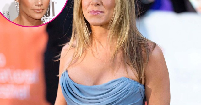 Jennifer Aniston Can't Get Over Jennifer Lopez's 'Seething' Red Carpet Smile: 'She's a Performer'.jpg