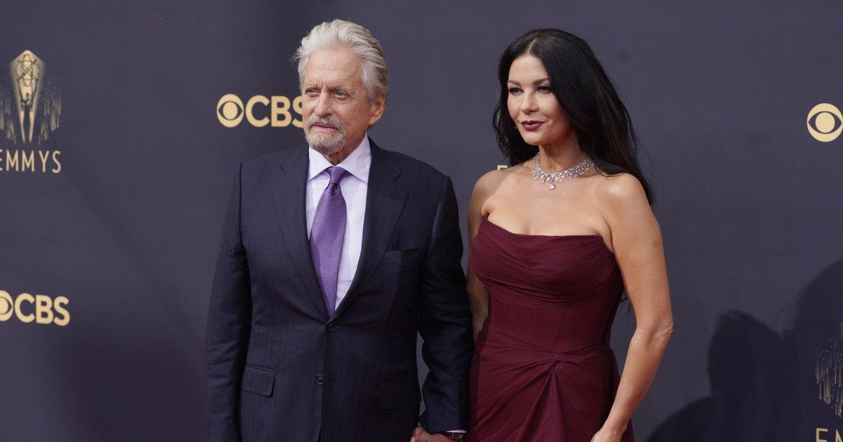 Emmys-2021-Couples-Michael-Douglas-Catherine-Zeta-Jones.jpg?crop=0px,35px,2000px,1051px&resize=1200,630&ssl=1&quality=86&strip=all