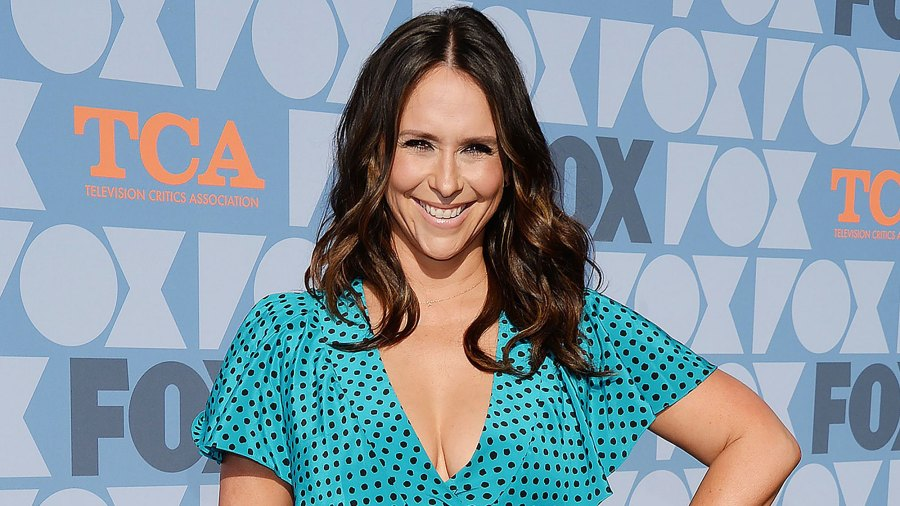 Jennifer Love Hewitt Honors 3 Children With Sweetest Necklace My Heart