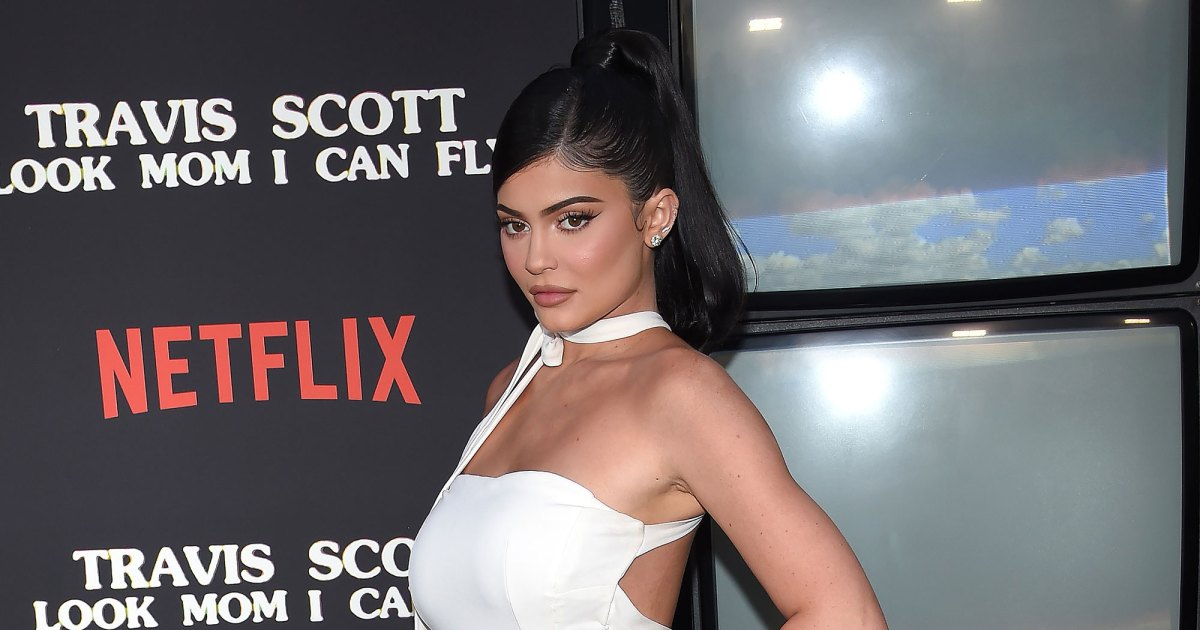 Pregnant Kylie Jenner Says Her 'Belly's Getting Big' Ahead of 2nd Child: Photo