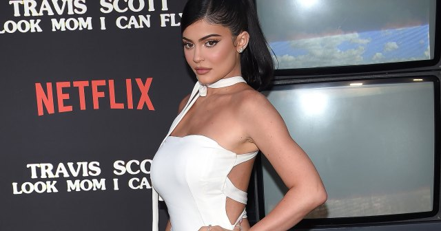 Pregnant Kylie Jenner Says Her 'Belly's Getting Big' Ahead of 2nd Child: Photo.jpg