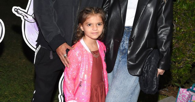 Ashlee Simpson and Evan Ross Bring Daughter Jagger to 'L.O.L. Surprise!' Premiere: Photos.jpg