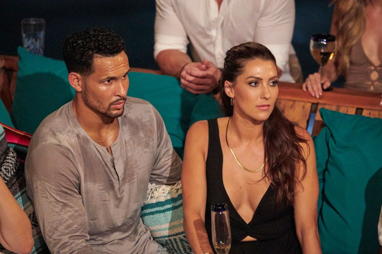'Bachelor in Paradise' Season 7 Finale: Who's Engaged, Who Split?