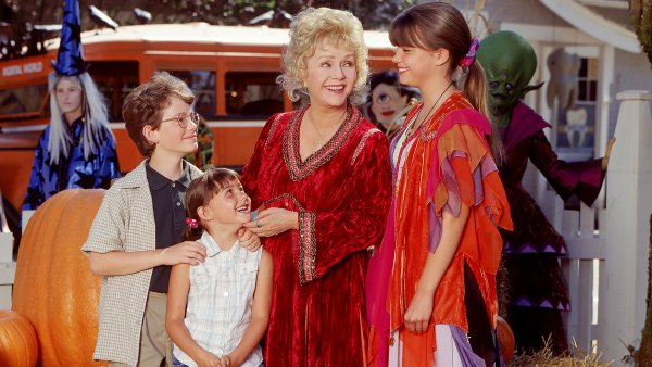 'Halloweentown' Cast: Where Are They Now?