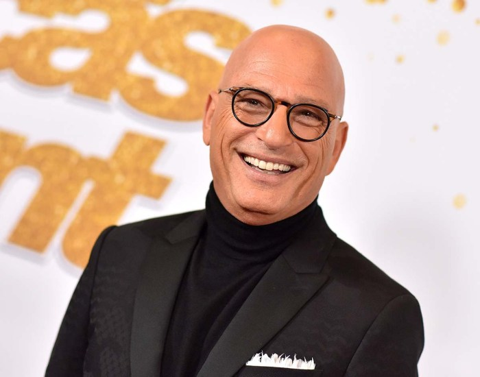Howie Mendel arrived at the hospital after fainting outside the Starbucks report.