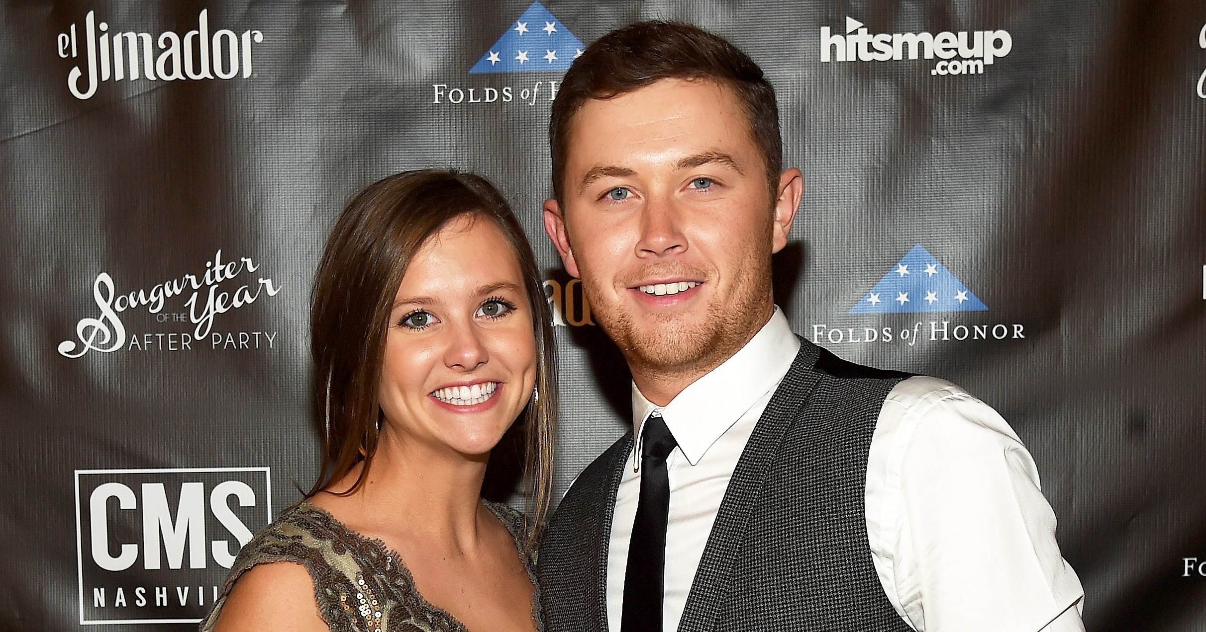 Who is scotty mccreery dating in Sydney