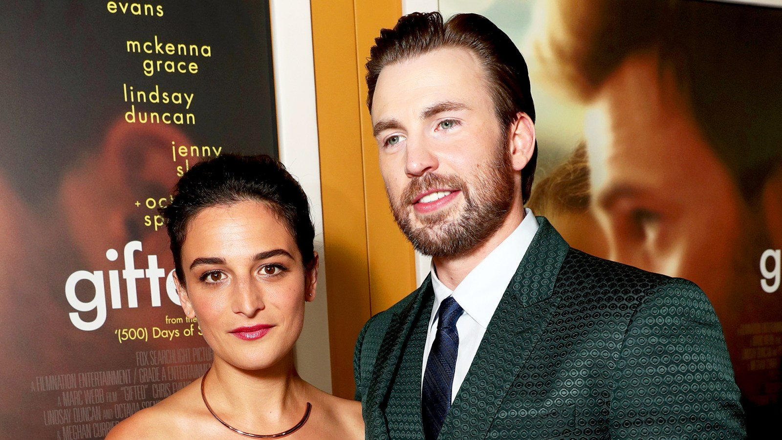 Exes Chris Evans Jenny Slate Have A Sweet Reunion Pic
