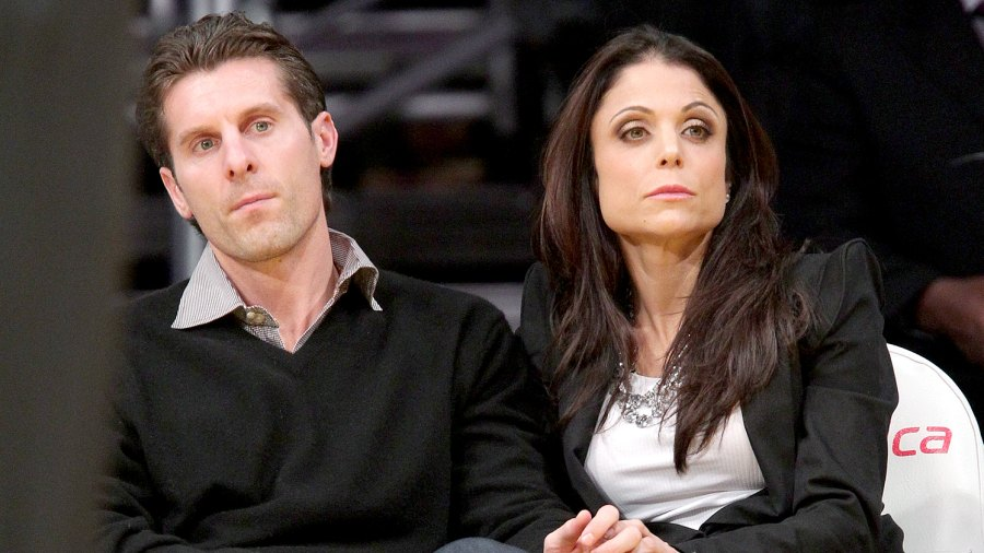 Bethenny Frankel and Jason Hoppy attend a game between the Sacramento Kings and the Los Angeles Lakers at Staples Center on December 3, 2010 in Los Angeles, California.