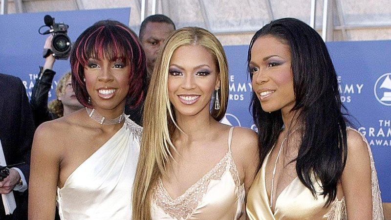 See All of Beyonce's Grammys Looks Through the Years 17