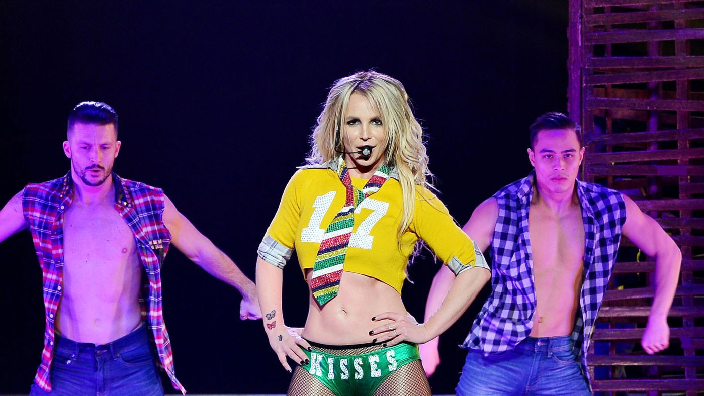 Britney Spears looks sensational in her new Instagram bikini pics