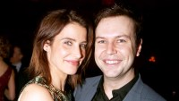 """Cobie Smulders and Taran Killam pose at the opening night after party for """"Present Laughter"""" at Gotham Hall on April 5, 2017 in New York City."""