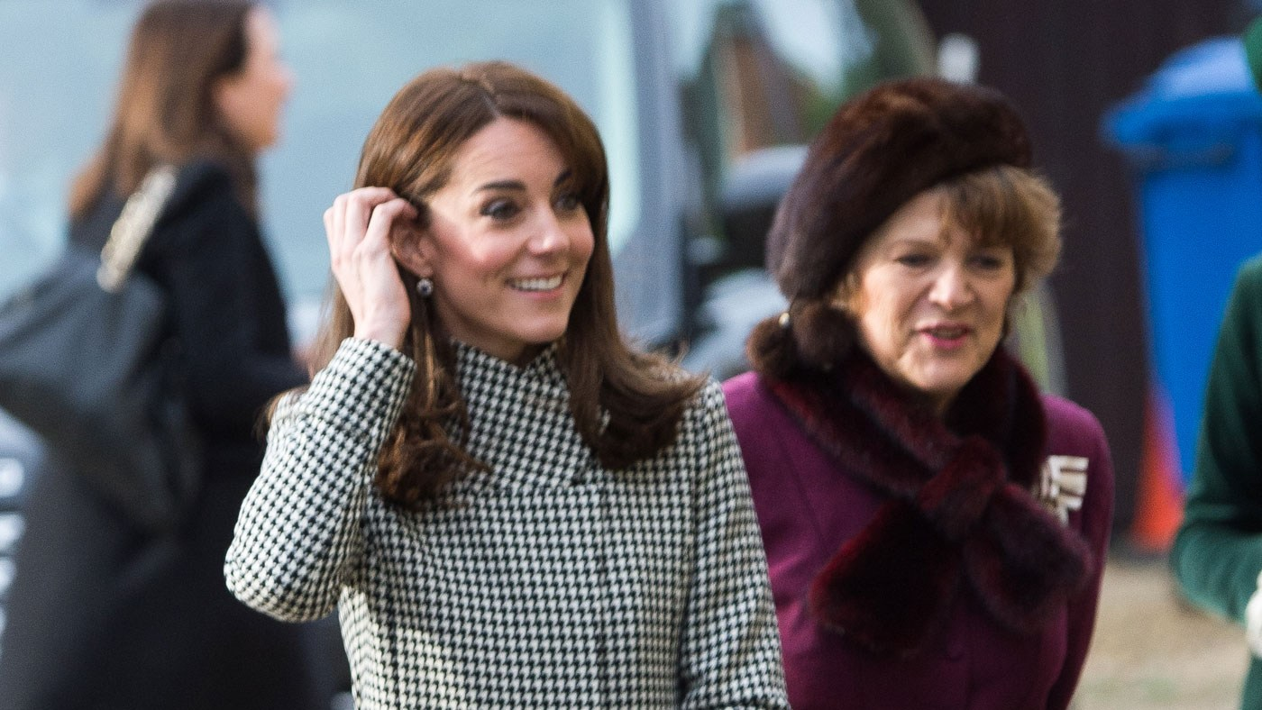Kate Middleton's latest outfit is a black and white houndstooth coat