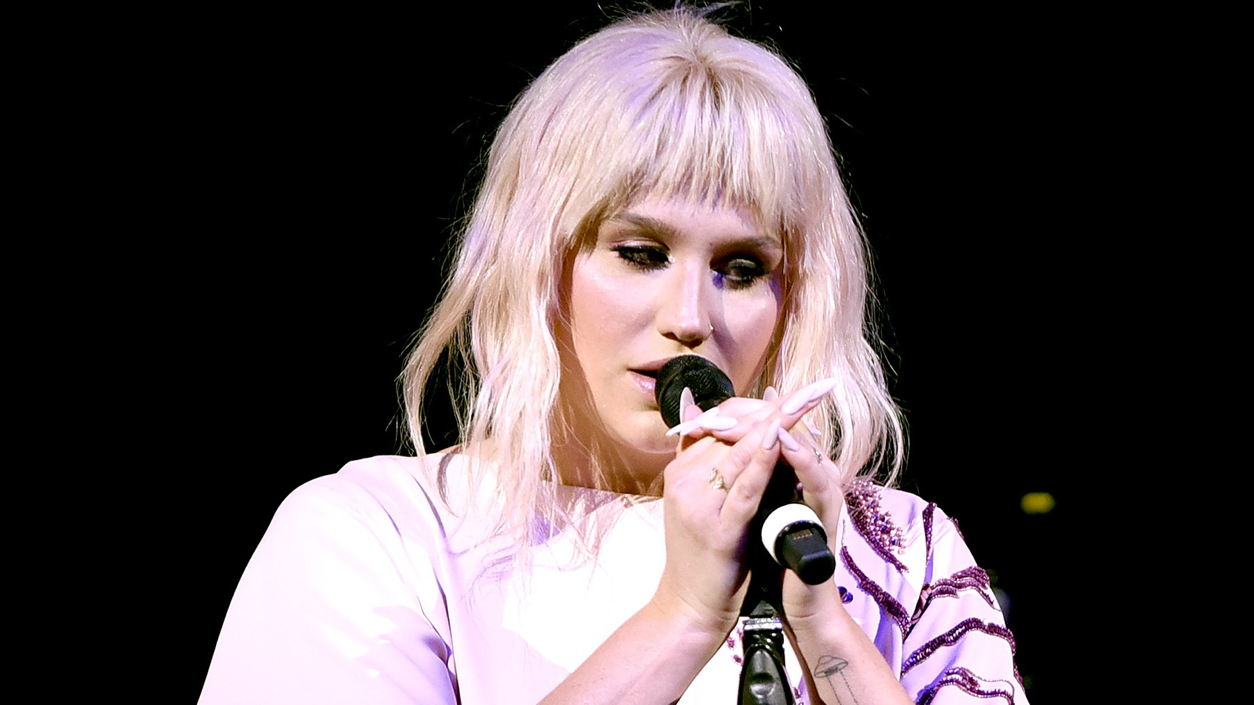 Kesha performs onstage during The Humane Society of the United States' to the Rescue Gala at Paramount Studios on May 7, 2016 in Hollywood, California.