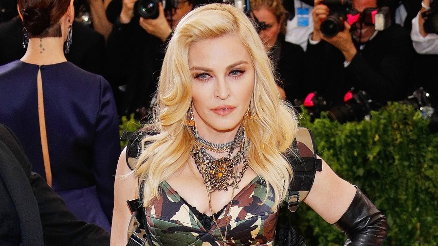 Madonna, Costume Gala, Portugal