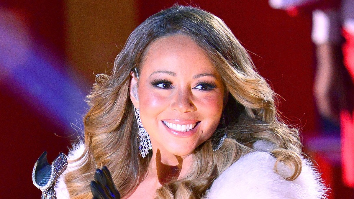 Mariah Carey Is Making an \'All I Want for Christmas Is You\' Movie