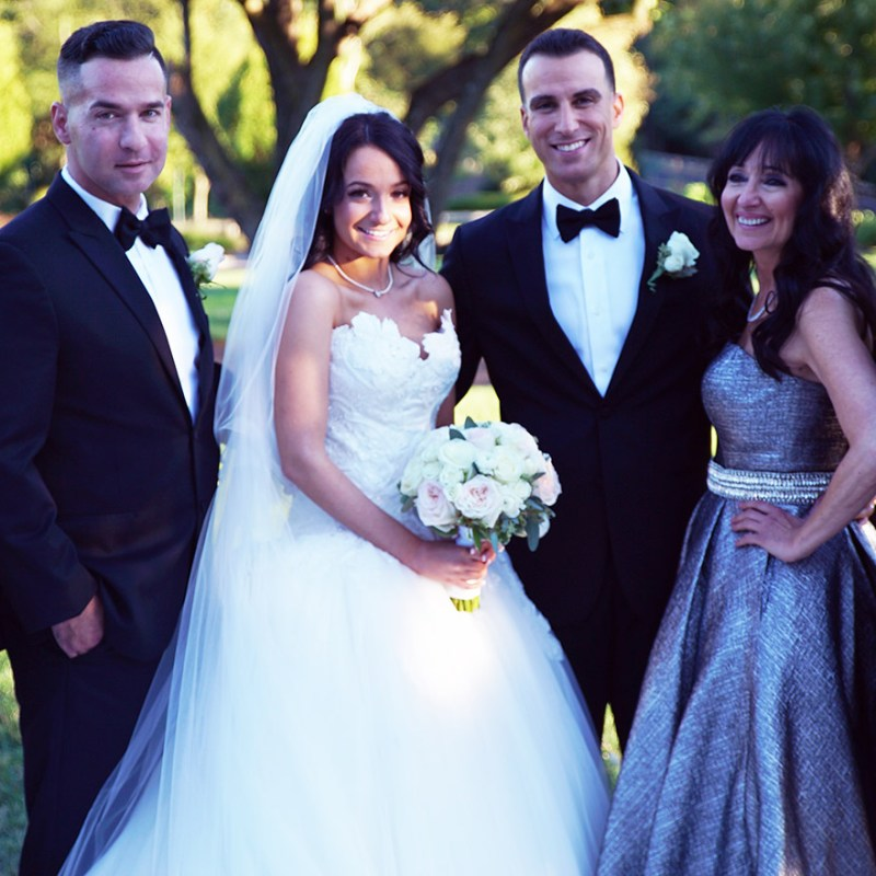 Sister Of Jersey Shore Star The Situation Melissa Sorrentino Says Yes To Dress