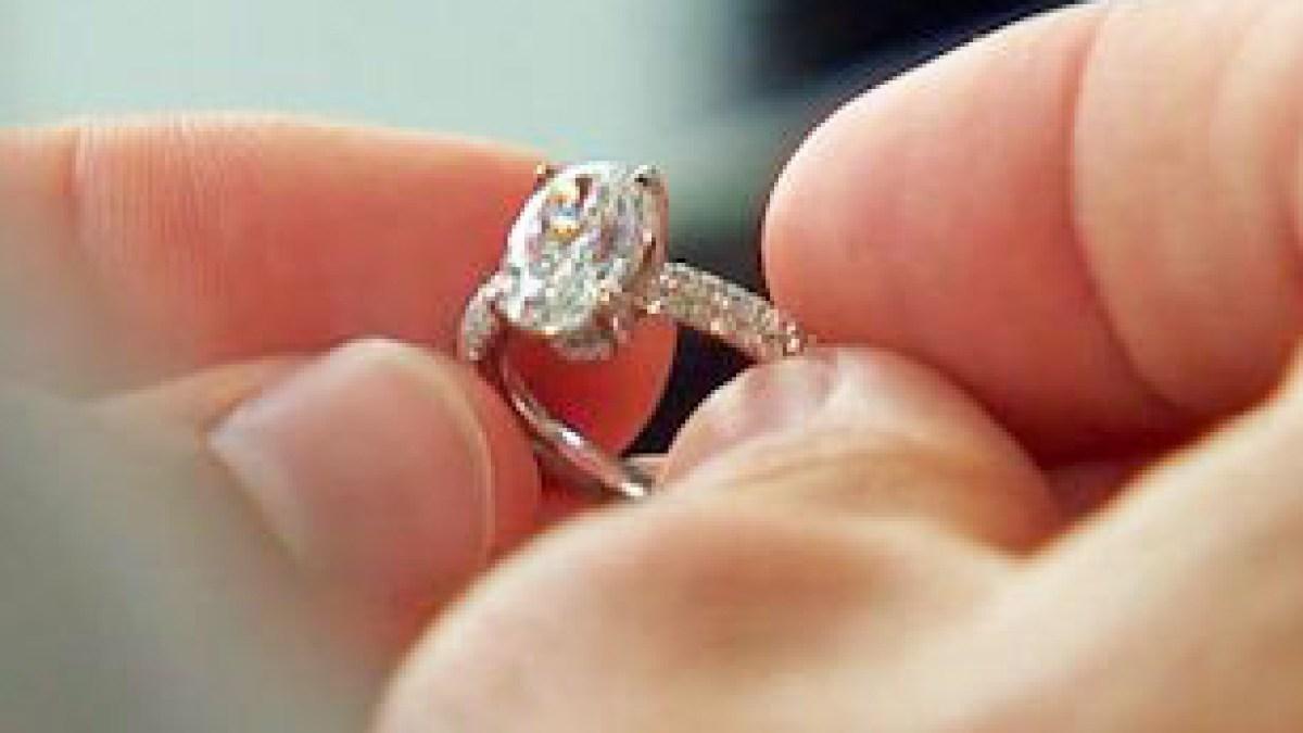 Bachelorette Jojo Fletcher Flashes Giant Engagement Ring