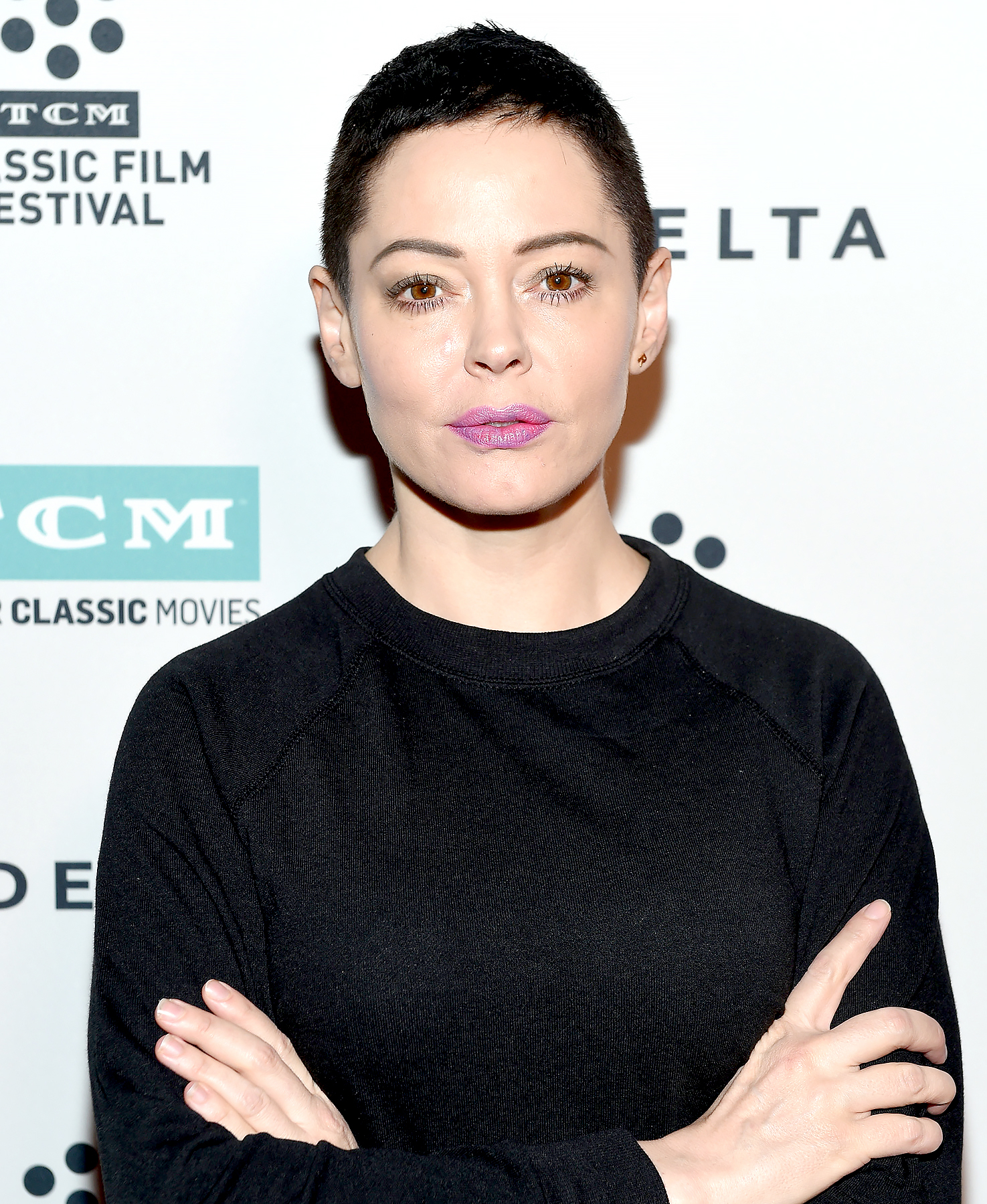 Rose McGowan Slams Actresses Choosing To Wear Black During The Golden Globes