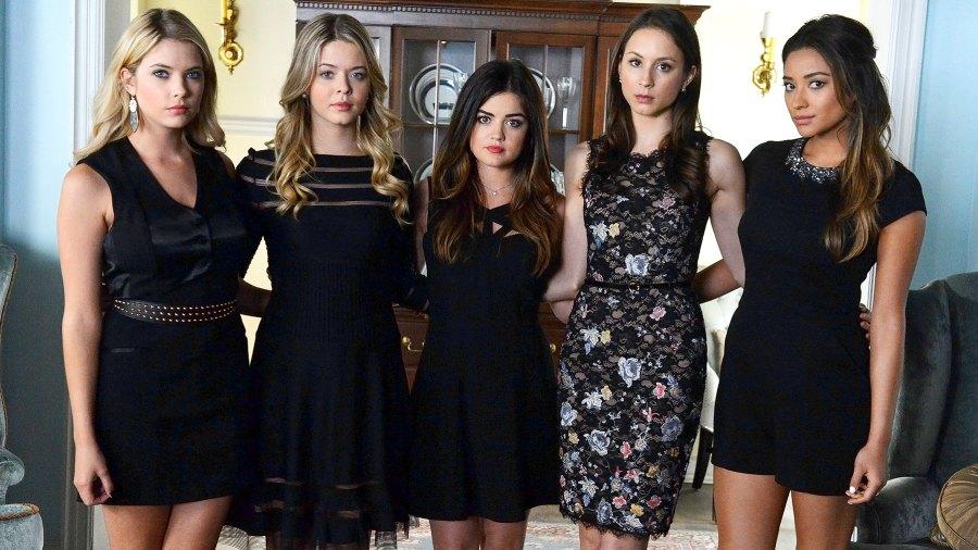 Ashley Benson, Sasha Pieterse, Lucy Hale, Troian Bellisario, and Shay Mitchell on Pretty Little Liars.