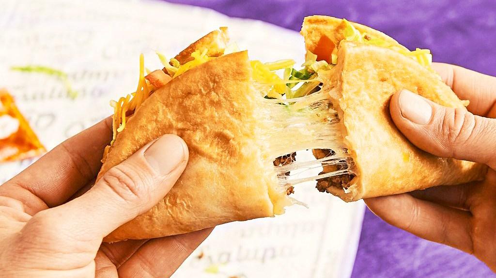 Taco Bell's Quesalupa