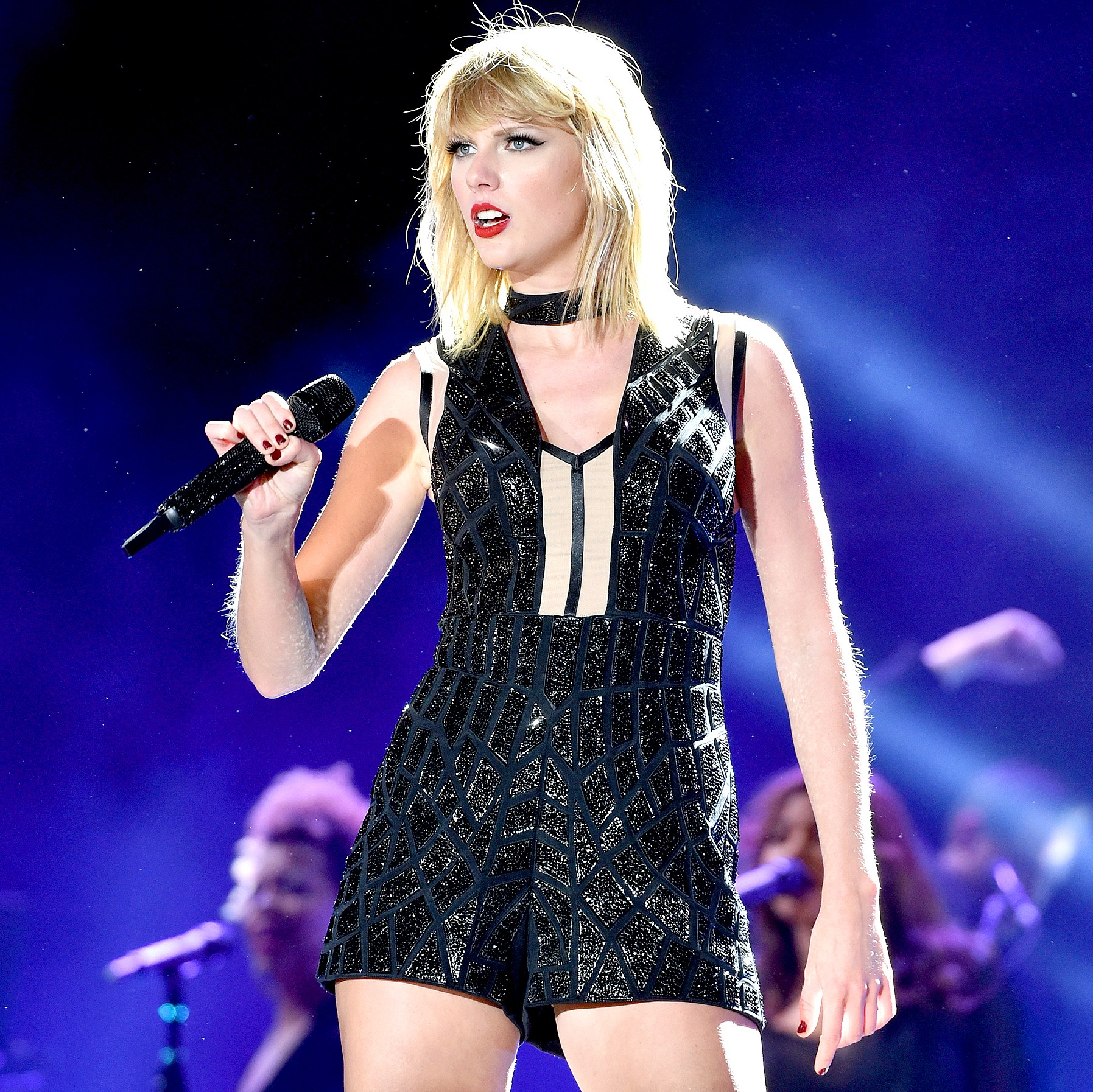 Taylor Swift perfoms onstage during the Formula 1 USGP on October 22, 2016 in Austin, Texas. John Shearer/LP5/Getty Images for TAS