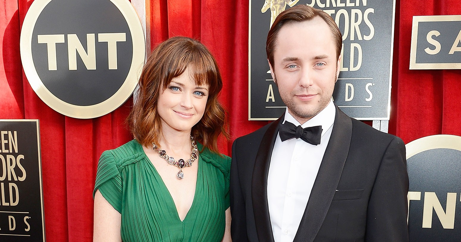 Alexis Bledel Welcomes First Child With Husband Vincent ...