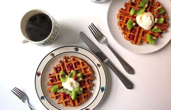 Cottage Cheese Oat Waffles