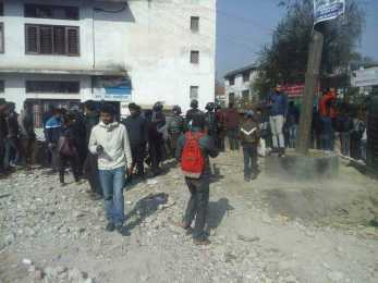 अज्ञात समूहद्वारा आरआर क्याम्पसका निर्वाचन अधिकृत हरि प्र. पराजुलीको अपहरण