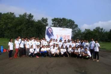 पोखरा लेकसाइडमा चौथो अन्तरराष्ट्रिय योग दिवस मनाइयो (फोटो फिचर)