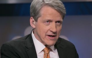 Nobel Prize winner Shiller sees 'bad times in the stock market' ahead 3
