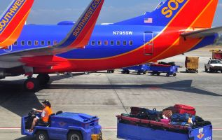 Southwest shares tumble 9 percent after warning on higher costs 2