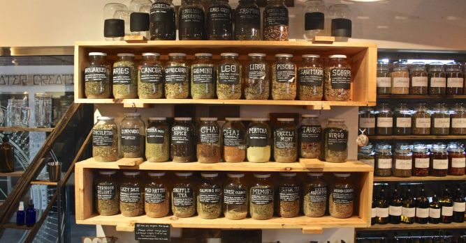 Zero-waste markets want to shake up grocery shelves, and your shopping 10