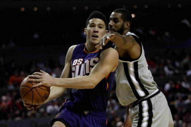 Suns' Booker set to return from hand surgery for opener
