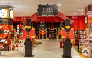 FAO Schwarz is back in New York, here's what its new store looks like 3
