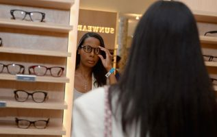UnitedHealth offers discount Warby Parker glasses underMedicare plan 3