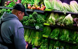 Lettuce prices soar amid E. coli outbreak linked to romaine 2