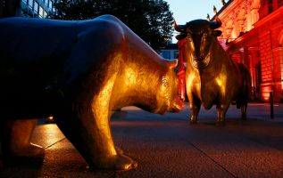 It's a 'messy correction' – not a bear market, money manager says 2
