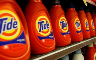 Investors are piling into boring defensive stocks like P&G as 2018 comes to an end 2
