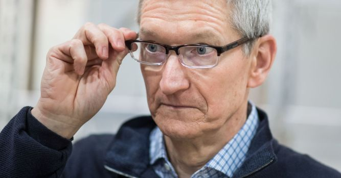 'It's a dark day for Apple,' says analyst Dan Ives 2