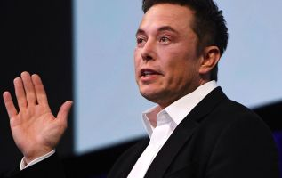 Tesla created 'the iPhone of the electric-car market,' says investor 3