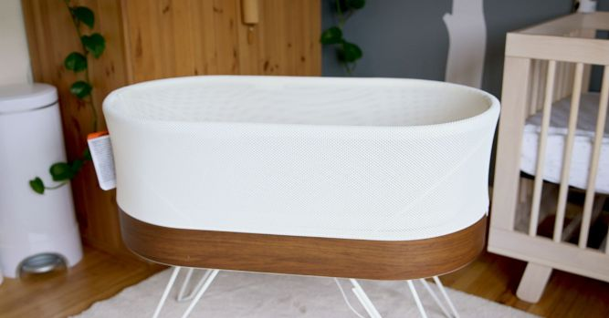 Happiest Baby Snoo smart crib is now available to rent 3