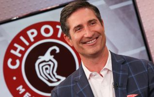 Chipotle poised for best year since 2013 thanks to CEO Brian Niccol 2