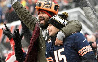 Fans use Venmo to tip Bears QB Mitchell Trubisky, SNL's Michael Che 2