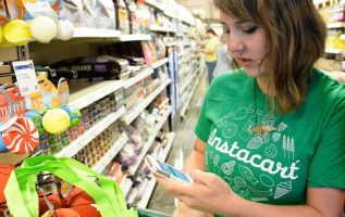 Instacart changes policy, will not use tips to subsidize worker pay 3