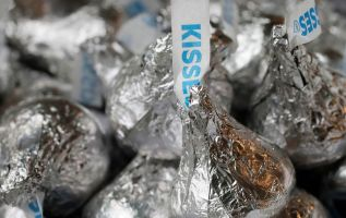 Hershey says it's fixed the problem of its Kisses' missing peaks 3