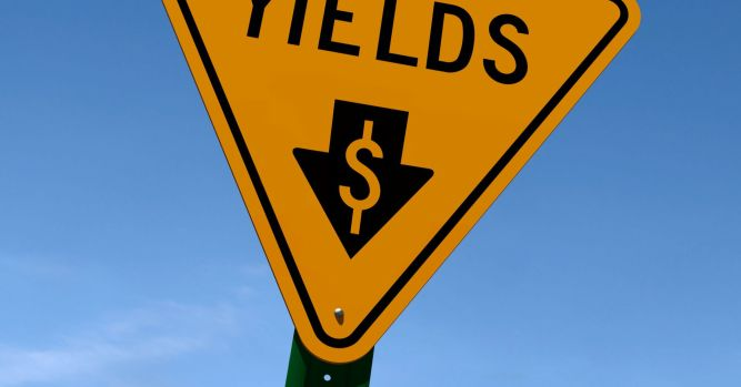 Global interest rates could fall to 2016 lows: Medley Global Advisors 5